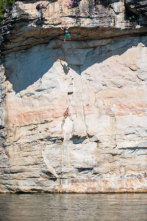 Deep-Water-Soloing-PSICOBLOC-2016-Summersville-Lake-West-Virginia-Photo-by-Gabe-DeWitt-517