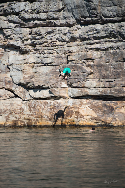 Deep-Water-Soloing-PSICOBLOC-2016-Summersville-Lake-West-Virginia-Photo-by-Gabe-DeWitt-348