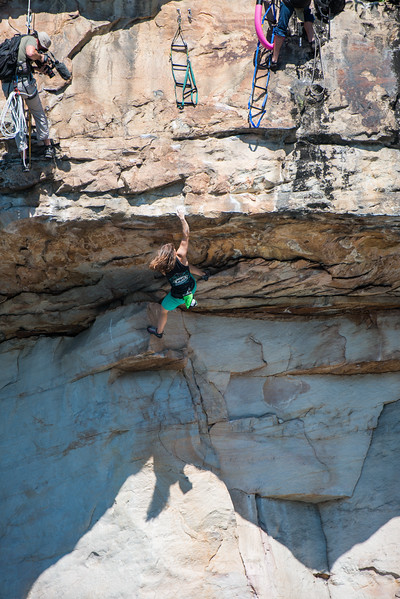 Deep-Water-Soloing-PSICOBLOC-2016-Summersville-Lake-West-Virginia-Photo-by-Gabe-DeWitt-508