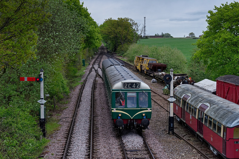 51342 / 51384 run in from the sidings, to form the 15:40 sevice to Epping Forest, <br /> on 27th April 2019.