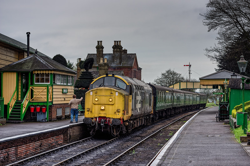 37901 at Ropley, with the 16:35 Alresford - Alton, on 22nd April 2016.