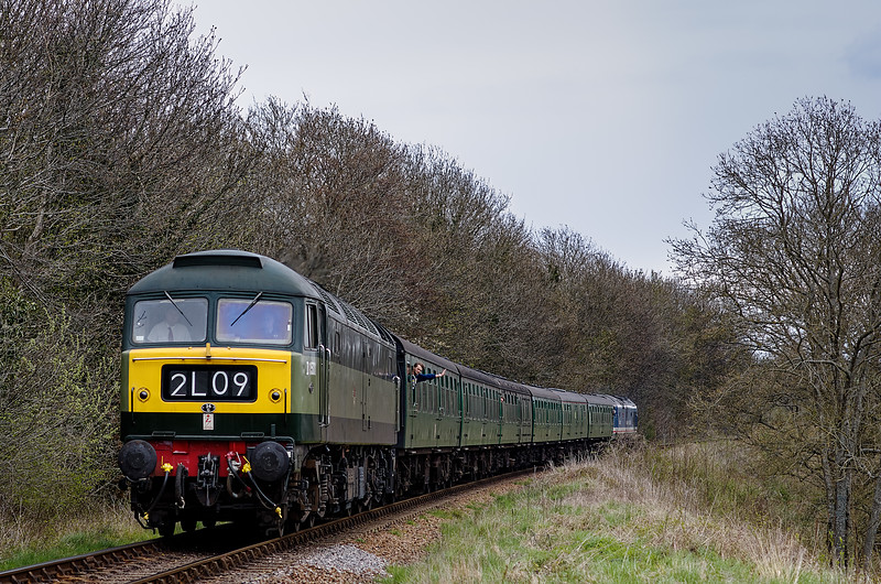 47402 top & tail with 50027 approaching Alresford, with the 14:50 Alton - Alresford, <br /> on 28th April 2013.