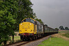 37901 comes off Wanders Curve, with the 15:00 Alton - Alresford, on 6th September 2014.