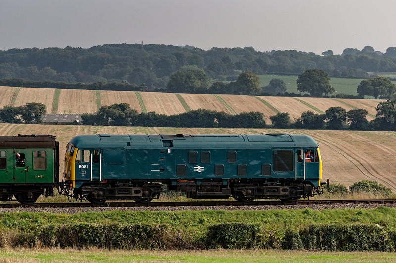 24081 on Wanders Curve, with the 16:20 Alton - Alresford, on 6th September 2014.