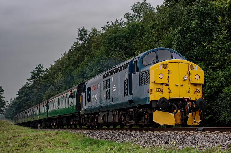 37324 at Stable Lane, with the 09:15 Alresford - Alton, on 5th September 2014.