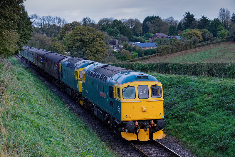 33202 / 33053 at Bluebell Crossing, with the 14:50 Alton - Alresford, on 22nd October 2017.