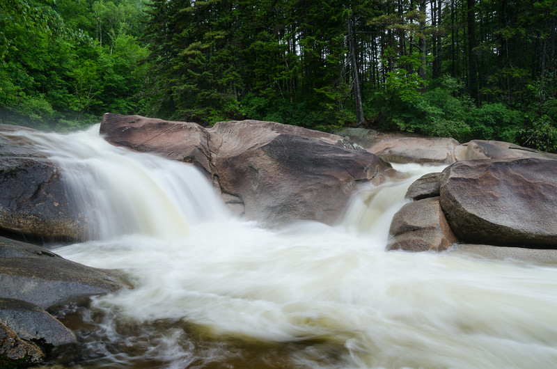 I took a 1 mile side trip to check out Franconia Falls