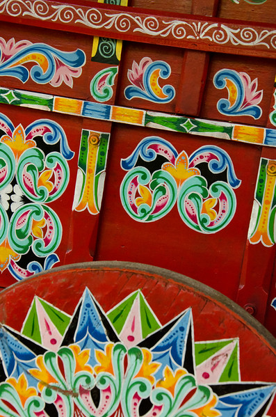 The beautiful artwork of a traditional Costa Rican wheel cart