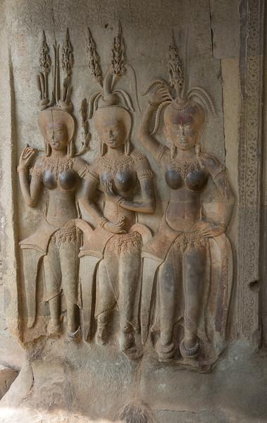 Three women wall carving - Angkor Wat