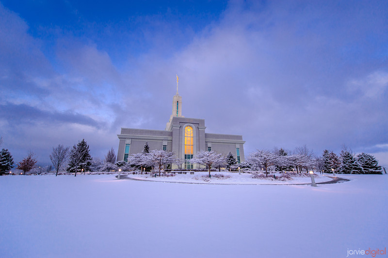 Snow at Timpanogos Temple