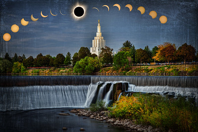 idaho falls temple and water eclipsef