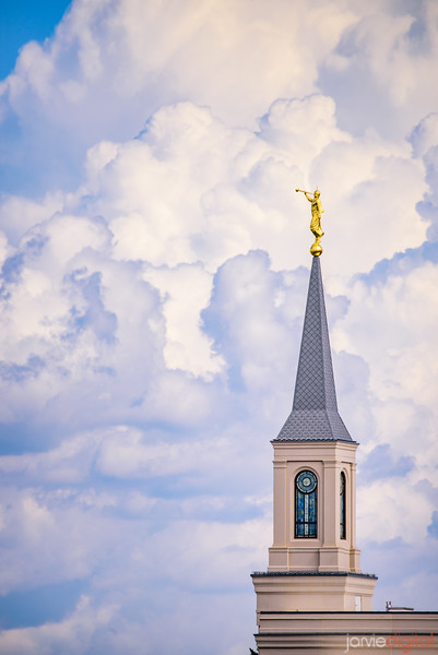 Star Valley Temple - Inpiring Clouds