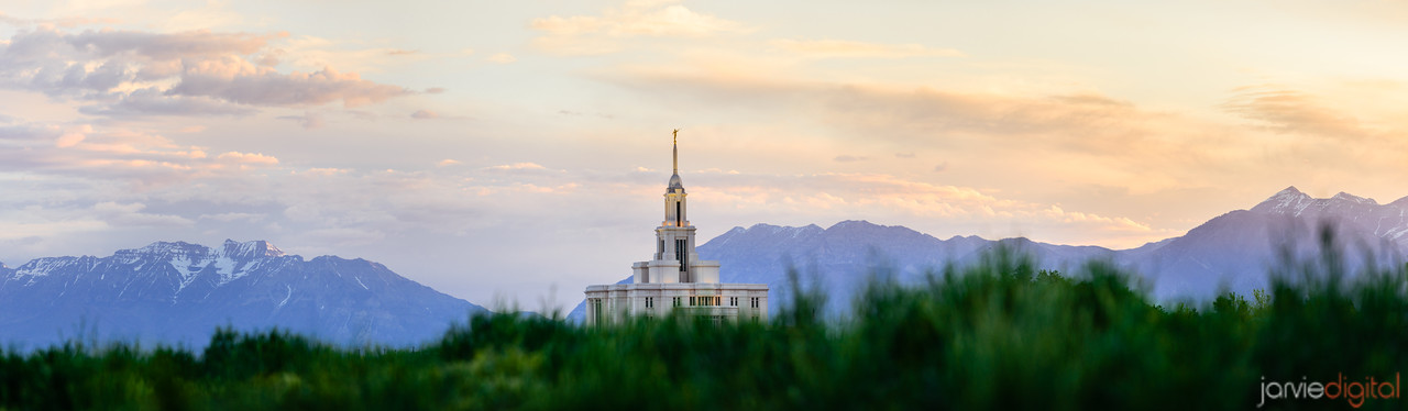 Pano of Payson Temple and the Mountains