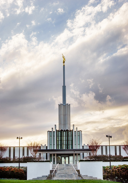 Atlanta Temple Vertical