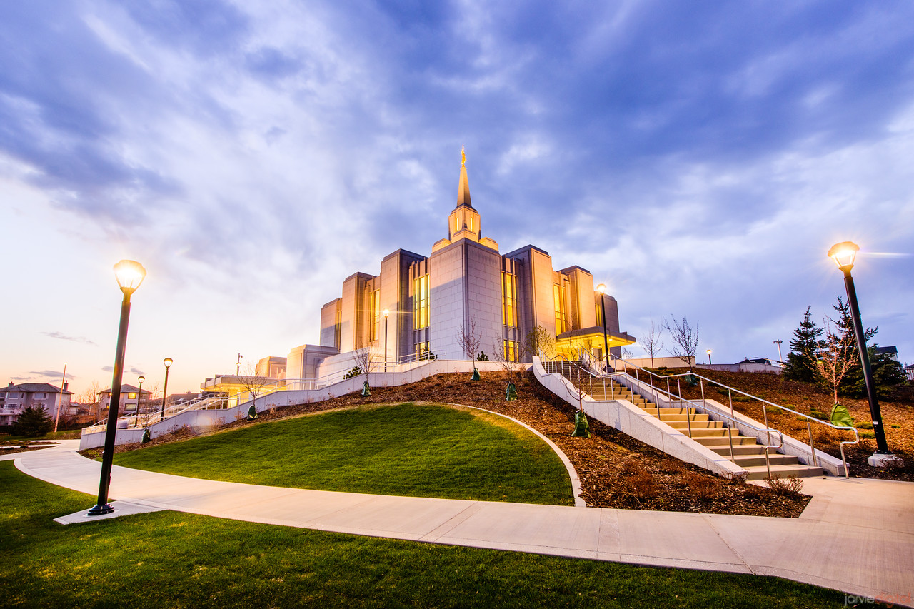 Calgary Temple Sunset (Corner)