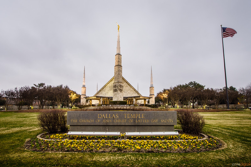 Dallas Temple Sign and Flag