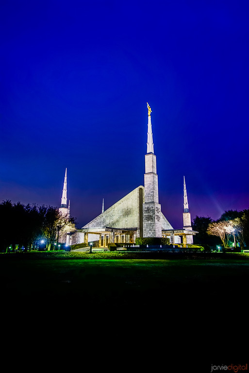 Dallas Temple night