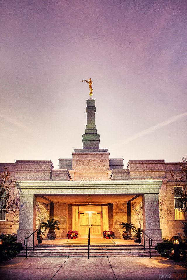 Fresno Temple entrance