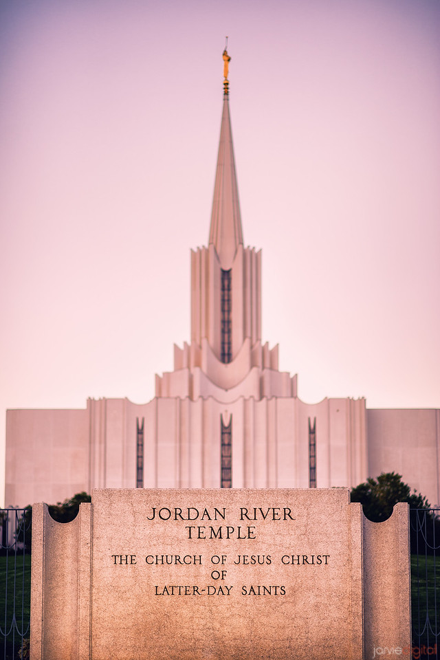 Jordan River Temple with Sign