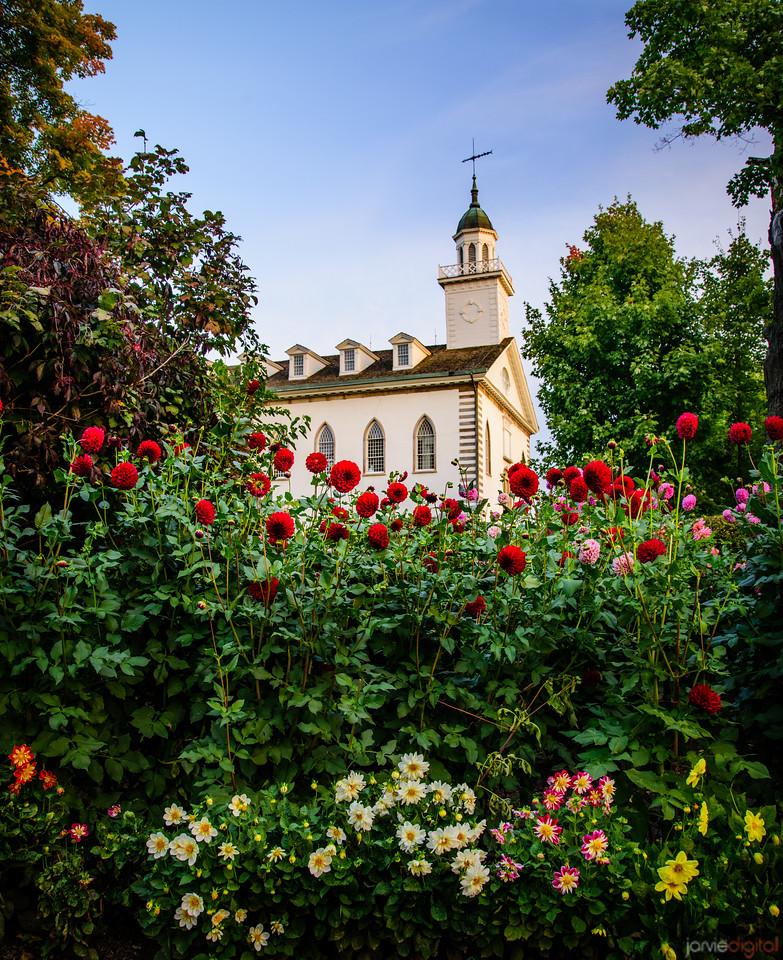 Kirtland Temple - Flowers