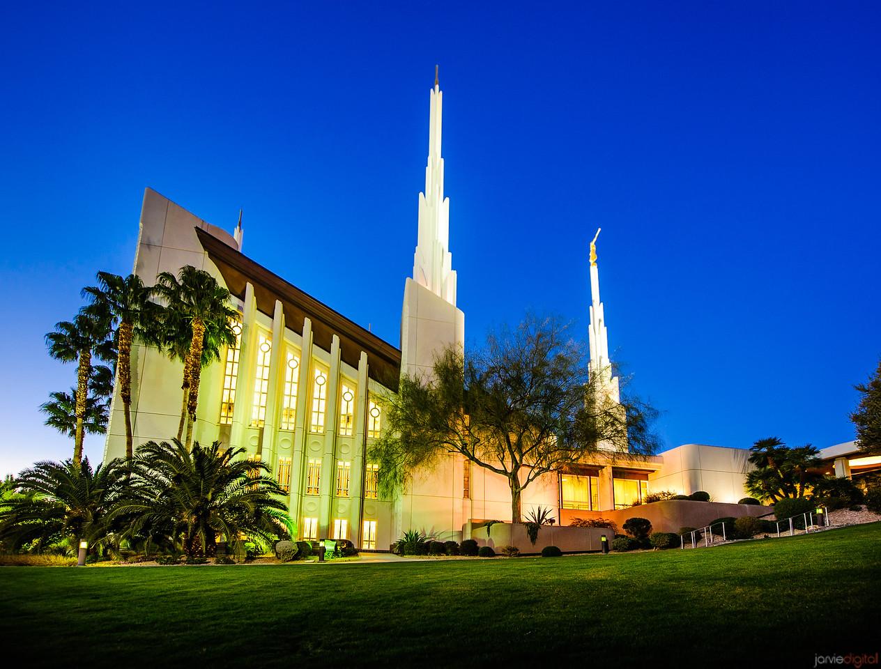 Las Vegas Temple - Night Grounds