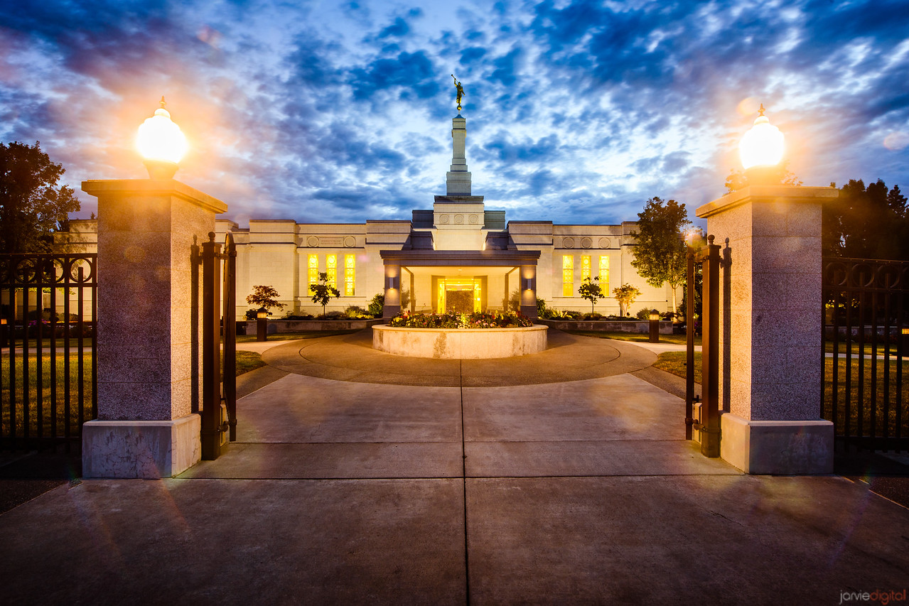 Medford Oregon Temple Twilight