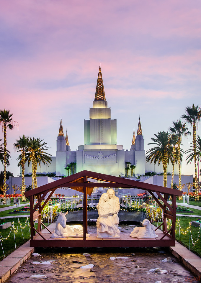 Oakland LDS Temple Christmas