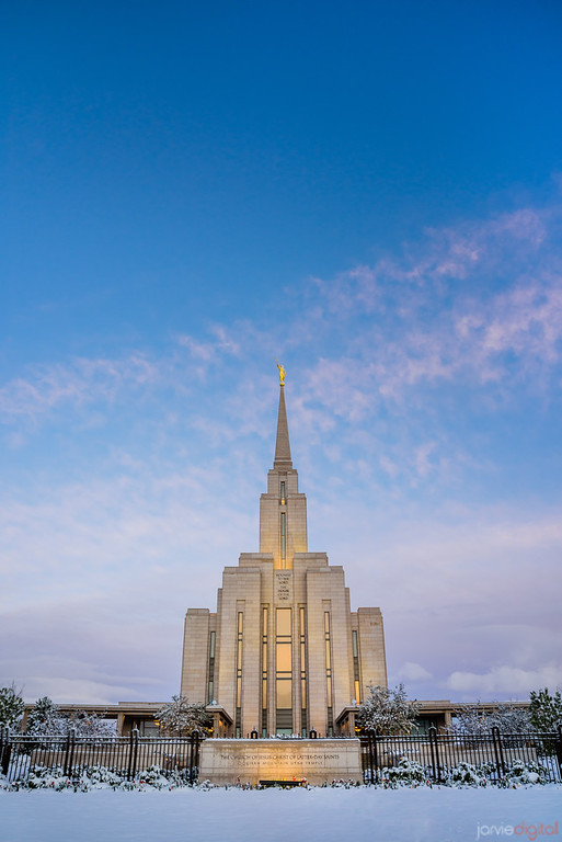 Snow at Oquirrh Temple