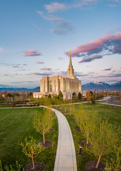 Oquirrh Temple - Follow the path