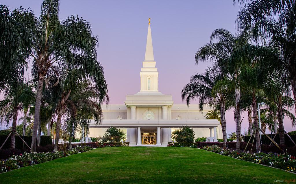 Ft Lauderdale Temple - Twlight skies