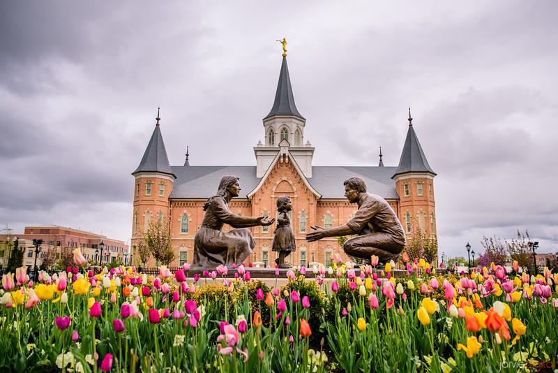 Provo City Center Temple - Springtime Family