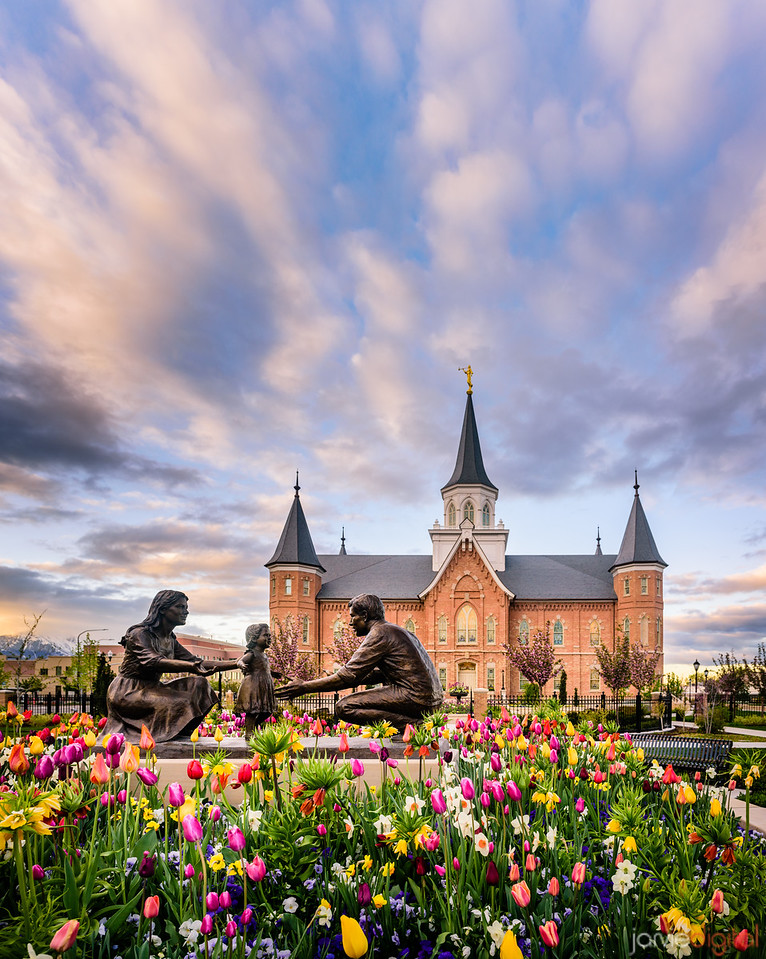 Provo City Center Temple - Spring Family