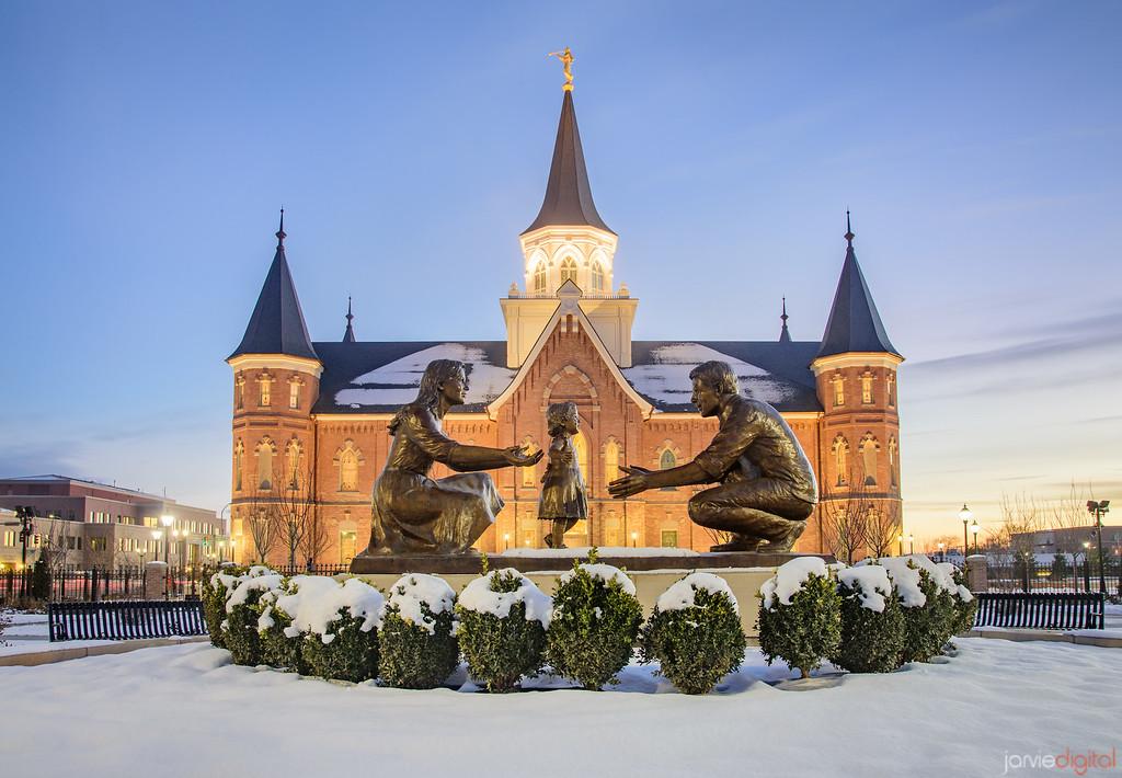 Provo City Temple  statue