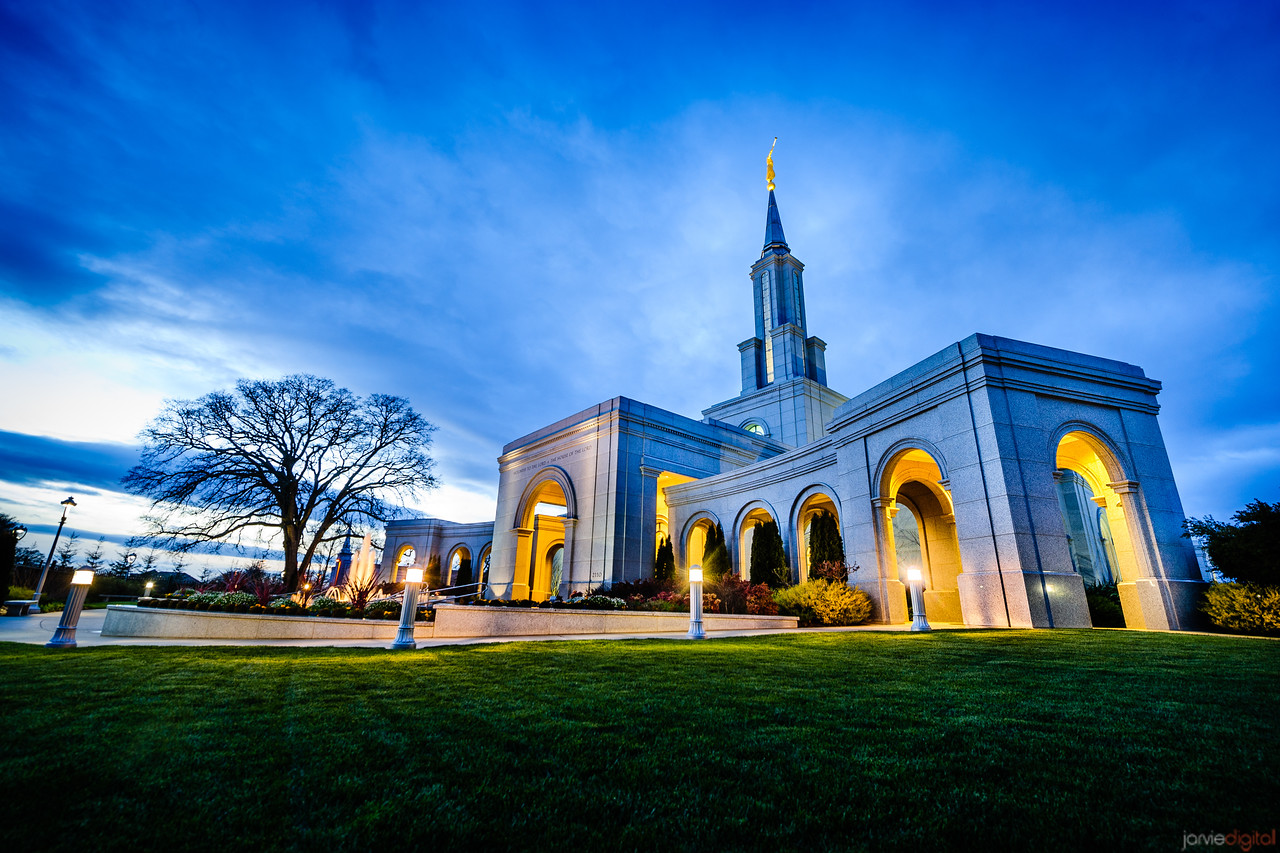 Sacramento Temple Sunset (Corner)
