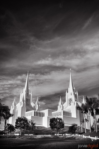 San Diego Temple BW Front