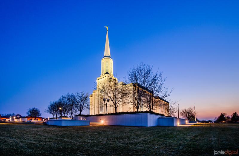 St Louis Temple Rt Corner