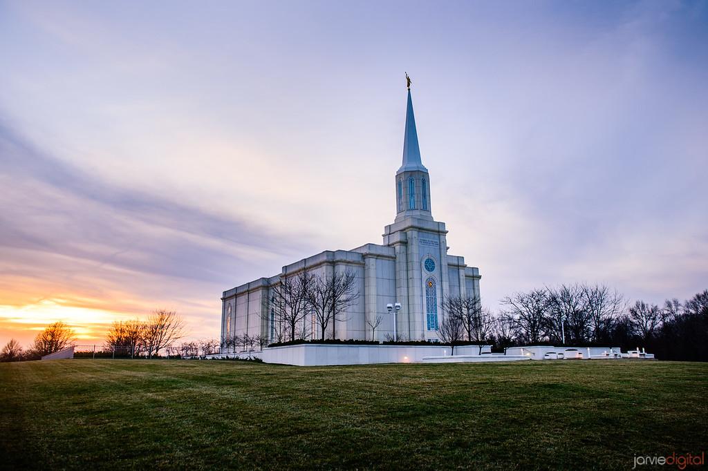 St Louis Temple Left COrner