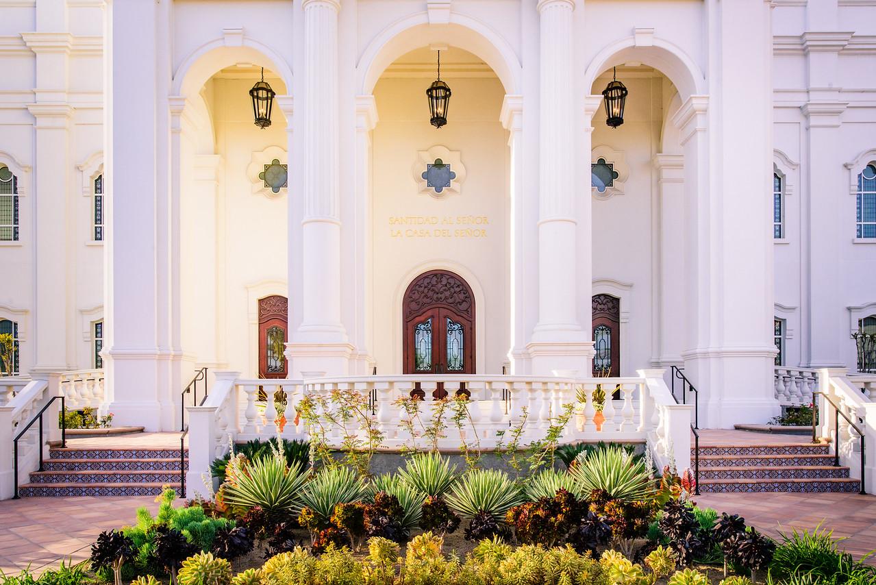 Tijuana Temple - Enter here