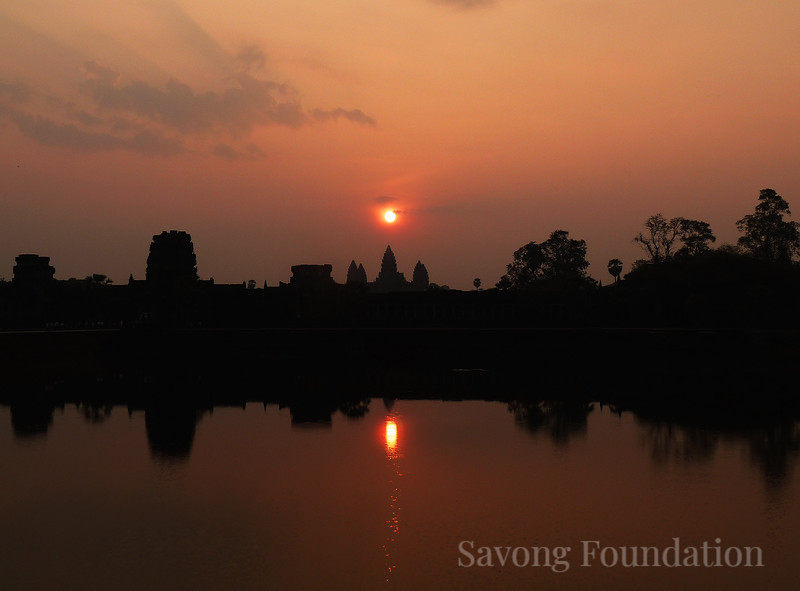 Dawn at Angkor Wat