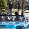 Ben Affleck tries backwards as they reset the scene. With him in the car is, in front from left, Max Casella and Daniel Ranieri. In back is Michael Braun and Matthew Delamater. SENTINEL & ENTERPRISE/JOHN LOVE