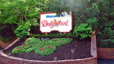 Visiting Dollywood Park and Gatlinburg