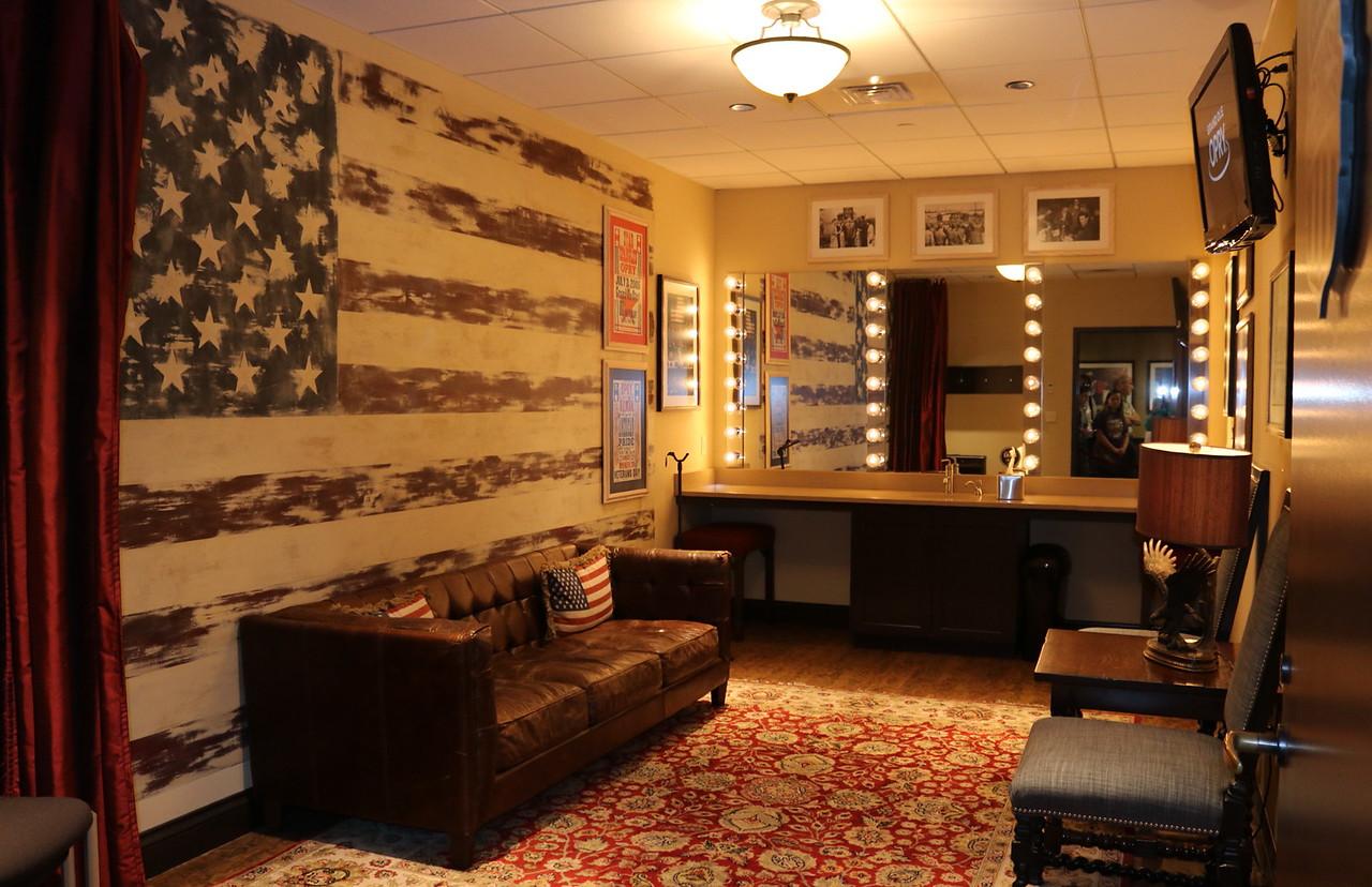 Patriotic Dressing Room