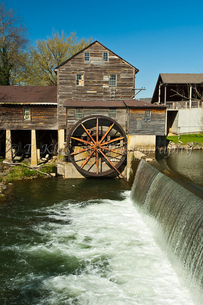 The waterfall and old mill at Pigeon Forge, Tennessee, USA.