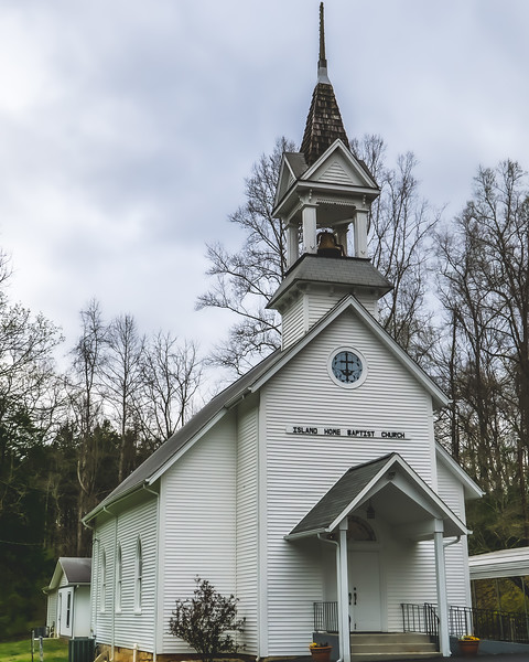 Island Home Baptist Church in Rocky Top Tennessee