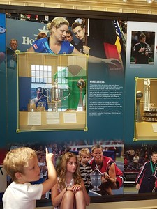 Kim Clijsters' Kids at mom's wall