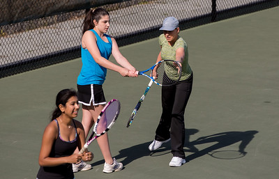 Tennis pro Chris Evert visits Taft. Chris worked with the varsity and junior varsity girls tennis teams.