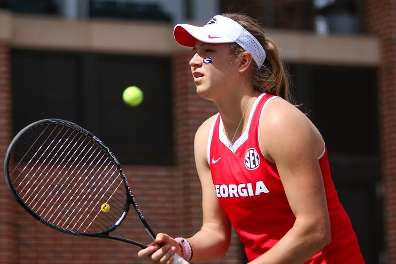 Ellen Perez - UGA women's tennis team (Photo by Emily Selby / Georgia Sports Communication)