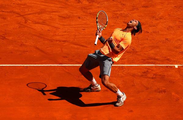 Rafael Nadal wins his 8th Title in a row in Monte-Carlo, 2012