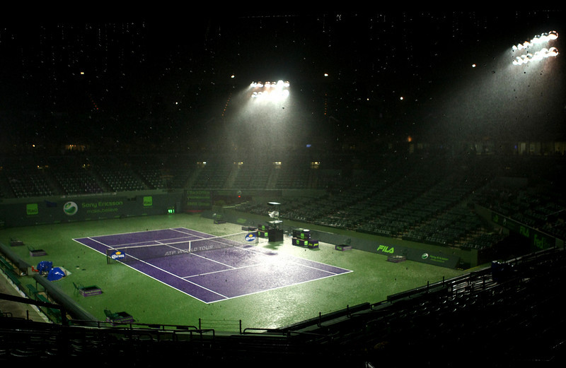 The rain pours down on centre court in Miami