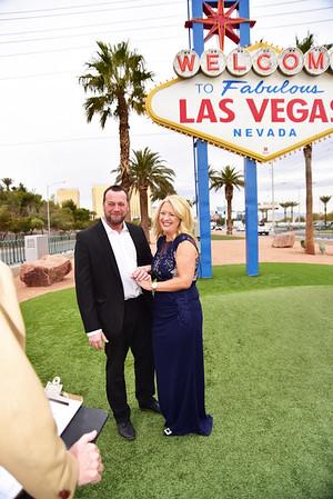 "Las Vegas Wedding at  the "" Welcome to Las Vegas"" sign. Easy fun and inexpensive Las Vegas wedding"
